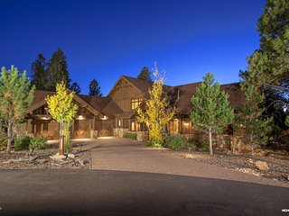 Luxury Pine Canyon Retreat II in Flagstaff, AZ