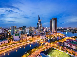 2BR Hommies Apartment Hotel with River View, Ho-Chi-Minh-Stadt