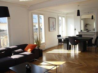 Luxe 106 m² design, Arc de Triomphe