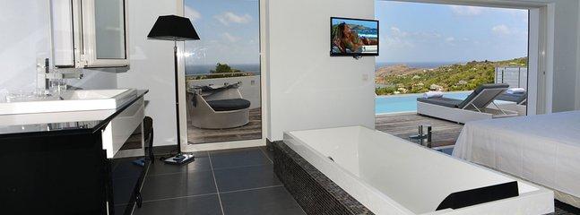 Villa Iris 2 Bedroom SPECIAL OFFER