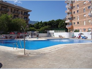 Acuario Bright & Cheerful 2-Bed, 2-Bath Apartment, El Arroyo de la Miel