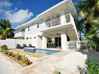 P67 Brand new construction 3 bdm duplex!, Key Colony Beach