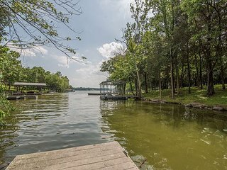 Elegant Lakefront Home close to Nashville, Hendersonville