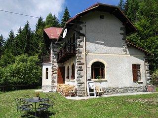 Casa Abetina,  un piccolo romantico castello, Vetriolo Terme