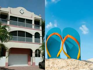 "GIGA-HOMES - ""Mango at the Beach"" for up to 10 P., Fort Myers Beach"