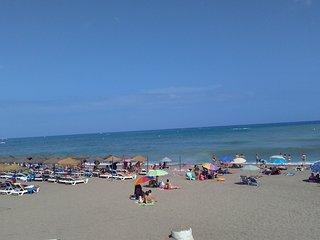 Primera linea de playa. WiFi. Piscina. Garaje