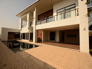modern luxury villa for rent