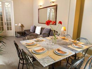 Casa Dover apartment ROJO, Barcellona