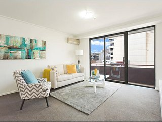 Anchor on Paramount - One Bedroom, Melbourne