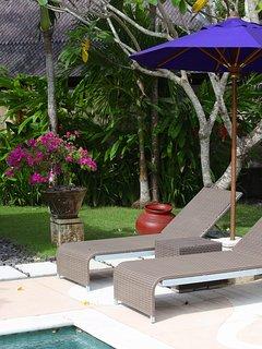 Villa Bulan Madu - Sunloungers