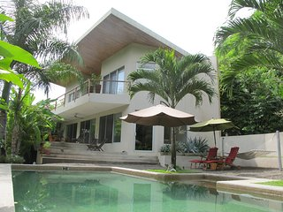 Casa Buena Vida - 100 Meters From the Beach, Santa Teresa