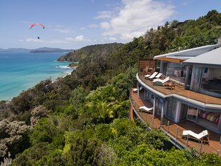 Blue Oasis – Luxury  Accommodation, Russell