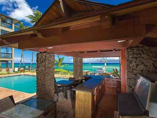 Spectacular Oceanfront Views at Noelani Condo Extra Large 1 Bedroom/1 Bath with Spacious Lanai, Lahaina