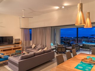 Carlos Bay 3 Bedrooms Penthouse by Dream Escapes
