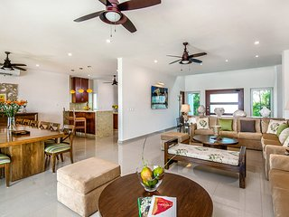 Casa Fortuna, Sleeps 12, Akumal