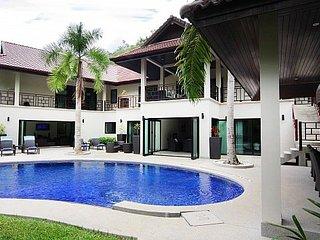 Modern 5 bed villa 1km to the beach, Kata Beach