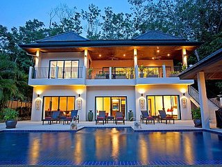 Luxury 6 bed pool villa near beach, Kata Beach