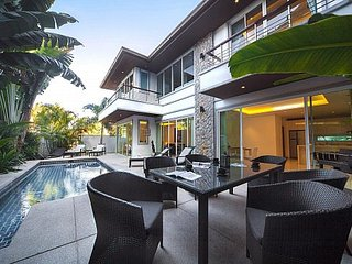 Modern chic pool villa at Kamala Beach