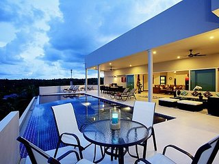 View Peche Villa - 8+ Bed - 180 Degree Views across the Andaman Sea, Ko He