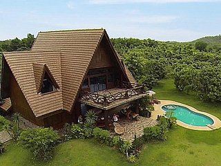 Countryside 6 bed retreat at Chiang Dao