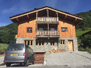 THE VALLEY HOUSE  - Newly Finished Apartment., Bourg Saint Maurice