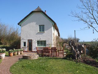 1 Blackmoor Cottages, Shobrooke, Devon, Crediton