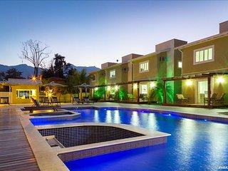Pousada A & H Paraty- Suíte Deluxe Vista para a piscina