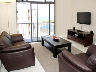 2 Bedroom Ocean View Apartment - Kaieteur Bay, Muizenberg