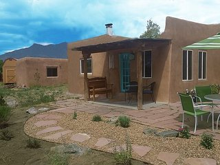 Adobe Casita de Canon attached to acres of Pueblo Land Hiking