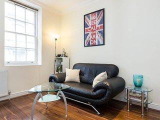 Covent Garden 1 Bedroom Flat, London