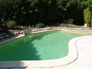 Studio avec piscine à 3 km d'Avignon
