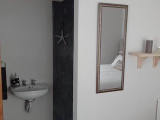Ensuite room in the heart of the Village, Franschhoek