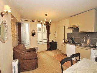 Appartement  jardin Luxembourg- Champagne offert