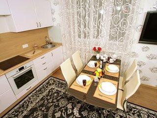 Balaram Apartments на Овражная 10