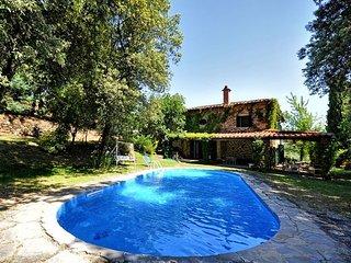 Stone-built Villa Ulivacci with private pool, Cavriglia