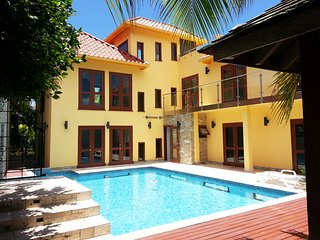 ONE LUXE JAMAICA II Entire Villa for 4-7 II very private + CLOTHING OPTIONAL