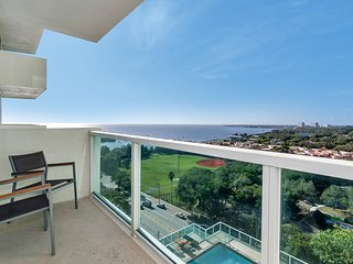 SUMMER SPECIAL-SONESTA STUDIO w BAY VIEW -$129!!, Miami