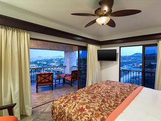 Hacienda Encantada - 2 Bedroom Suite with Breakfast, Cabo San Lucas