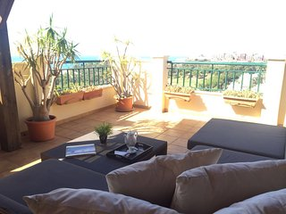 Ático con vistas al mar, jacuzzi, Golf, Arroyo de la Miel