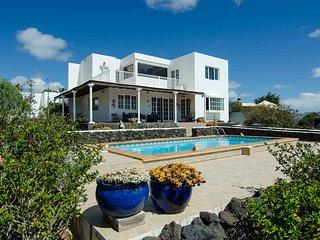 Casa Tesa, su hogar en Lanzarote, Macher