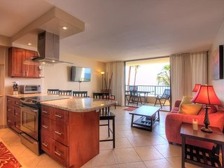 Beautiful High-End Oceanfront Condo at Sugar Beach, Kihei