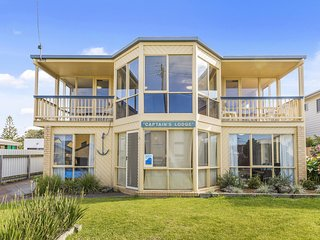 CAPTAINS LODGE - Apollo Bay, VIC