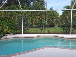 HEATED Salt Water Pool 3 brm house near golf beach, Rotonda West
