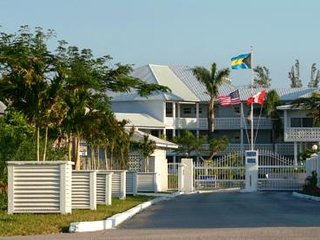 For Rent 2 bedrooms apartment in a great Resort, Freeport