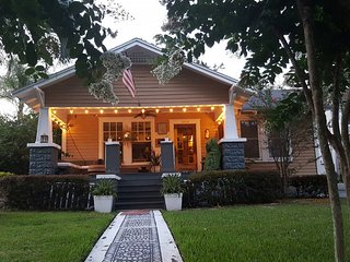 Boho Bungalow, Downtown Orlando, Historic District