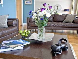 The Penthouse Bay View, Nassau Court located in Westward Ho!, Devon