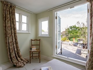 onefinestay - Kynance Place private home, London