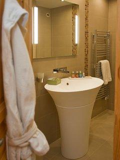 Chalet Serena bathroom 7