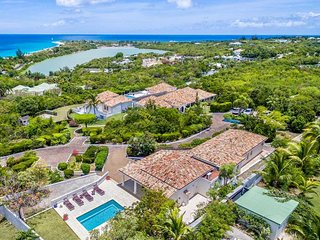 LA BELLA CASA... one of the largest villas on the island, bring the whole