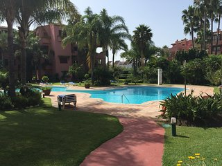 Alicate Playa 2 - 50 Meter to the beach, Marbella